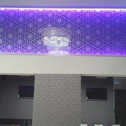 LED-es mintás üvegfal 02